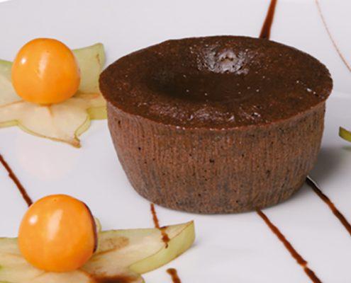 Schokoladen-Soufflè mit flüssigem Schokokern
